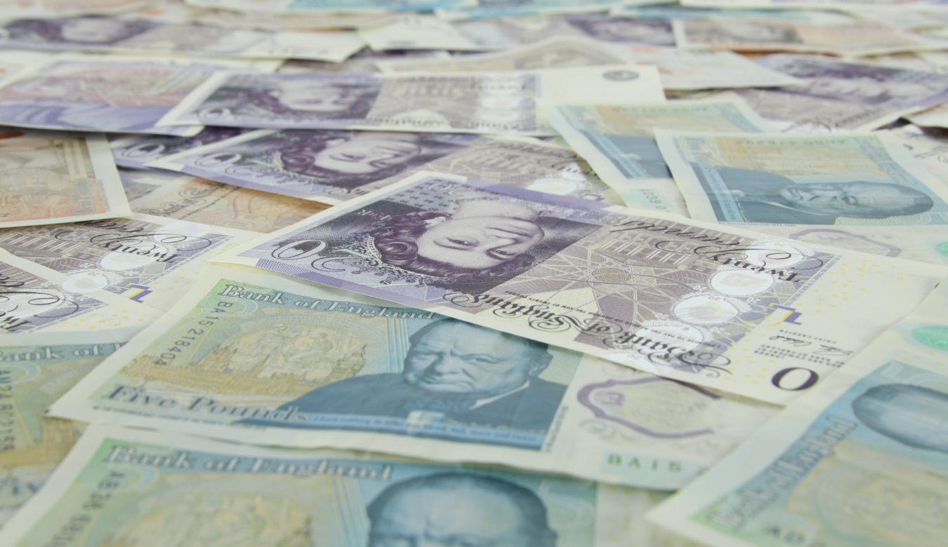 Close up of five and twenty pound notes
